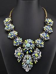 Women's Gem Flower Pattern Necklace