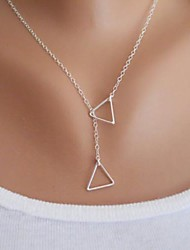 collier simple de triangle des femmes
