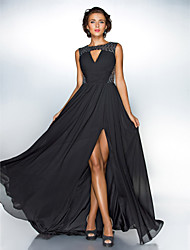 Homecoming Formal Evening/Military Ball Dress - Black Plus Sizes A-line/Princess Jewel Sweep/Brush Train Chiffon/Sequined