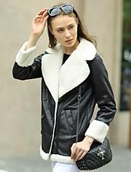 Veri Gude® Women's Flat Fur Collar Medium-down Loose Waist Thick Suede Coat