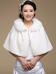 Fur Wraps / Wedding  Wraps Capelets Sleeveless Faux Fur White Wedding / Party/Evening