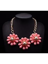 MS LUXURY Women's Pearl Flowers Pattern Necklace