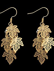 Maple-Shaped Alloy Earrings Gold (1Pair)