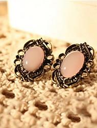 pendientes de piedras preciosas de encaje calado de las mujeres