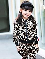Les ensembles de vêtements mode léopard populaire à capuche pour enfants (hoodie&sarouel)