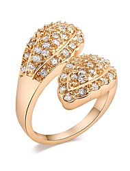 Woman's Fashion Elegant Gold-Plated Crystal Micro Insert Ring