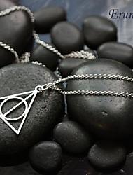 moda (forma de triângulo) liga de prata colar de pingente