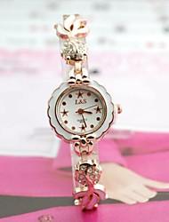 reloj de pulsera de cuarzo de banda de aleación esfera redonda de las mujeres