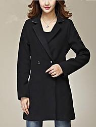 Femmes à long habit de drap de laine vêtements