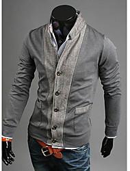 прохладный человек объединенный стенд воротник свитера пальто