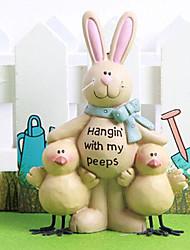 coniglietto di Pasqua con lei da collezione amici di pollo