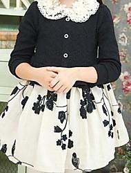 девушки оценка качества цветы платье