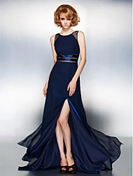 Prom / Formal Evening / Black Tie Gala Dress - Furcal Plus Size / Petite A-line Jewel Sweep / Brush Train Chiffon with Split Front