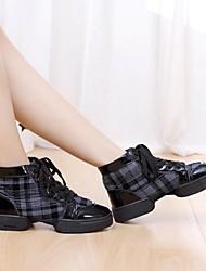 Non Customizable Women's Dance Shoes Dance Sneakers Fabric Low Heel Black