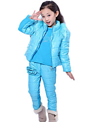 Girl's Winter Warm Cotton Padded Clothes with Fur Collar Big Flower Three Piece Clothing Sets