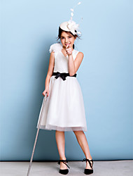 Lanting Bride® Knee-length Tulle Junior Bridesmaid Dress A-line V-neck with Bow(s) / Flower(s) / Sash / Ribbon / Criss Cross