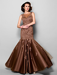 Lanting Bride® Trumpet / Mermaid Plus Size / Petite Mother of the Bride Dress Floor-length Sleeveless Satin / Tulle with Lace