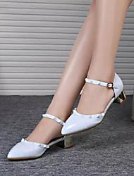 Calçados Femininos - Saltos - Bico Fino - Salto Grosso - Branco - Couro Envernizado - Casual