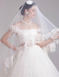 New Fashionable One-tier Elbow Wedding Veils with Lace Edge