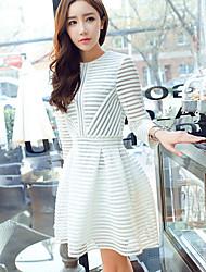 Women's Elegant Stripe Hollow Out ¾ Sleeve Knee-length Slim Dress