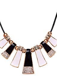 New Arrival Fashional Geometric Rhinestone Drip Necklace