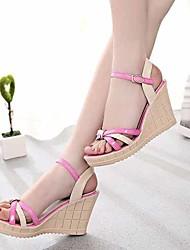 Женская обувь Искусственная кожа На танкетке На танкетке/С открытым носком Сандалии Для прогулок/Для праздника/На каждый день