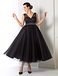 Homecoming Formal Evening Dress - Black A-line/Princess V-neck Tea-length Tulle
