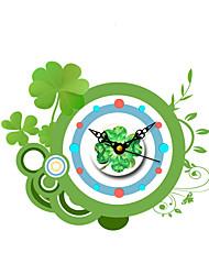 Modern 3D Effect Green Clover Pattern Wall Clock 19.6*15.7 inch / 50*40 cm