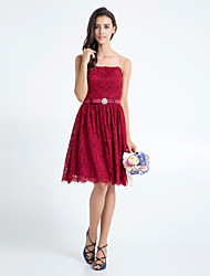 Homecoming Knee-length Lace Bridesmaid Dress - Burgundy A-line Strapless