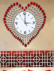 Fashionable Creative Modern Luxurious Sitting Room Heart Wall Clock