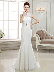 Trumpet / Mermaid Wedding Dress - Elegant & Luxurious Sweep / Brush Train High Neck Lace with Appliques / Beading