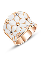 Ring Wedding / Party / Daily / Casual Jewelry Alloy / Zircon / Gold Plated Statement Rings 1pc,6 / 7 / 8 Gold / Silver