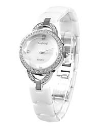 Daybird 3953 dames de mode diamant trois surface du cristal dimensions avec de la céramique Bracelets montres à quartz - argent