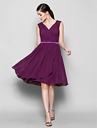 Lanting Bride® Knee-length Chiffon Bridesmaid Dress - A-line V-neck Plus Size / Petite with Criss Cross