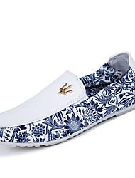 Черный / Синий / Белый Мужская обувь Для офиса / На каждый день Кожа / Ткань Лоферы