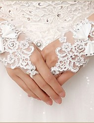 Wrist Length Fingerless Glove Lace Bridal Gloves / Party/ Evening Gloves Spring / Summer / Fall White