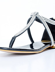 Women's Shoes Patent Leather Flat Heel T-Strap Sandals Party & Evening / Dress / Casual Black