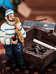accessoires porte-cendres de tabac de résine de modèle de bureau cendrier pirates hommes (couleur aléatoire)