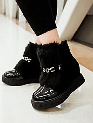 Women's Shoes Fleece/Patent Leather Platform Fashion Boots/Round Toe Boots Dress/Casual Black/Beige