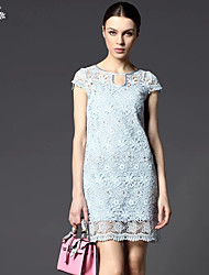 Fashion Nobby!Round Neckline Hollow-out  Souble Flowers  Dress Diamond Decoration Figure Flattering Knee-length Dress