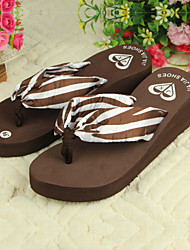 Women's Shoes PVC Flat Heel Flip Flops Slippers Outdoor Black / Brown / Red