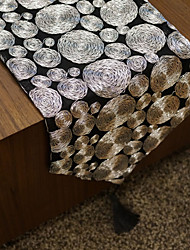 Table Runners with Black Loop Patterned