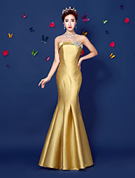 Formal Evening Dress - Gold Trumpet/Mermaid Strapless Floor-length Satin