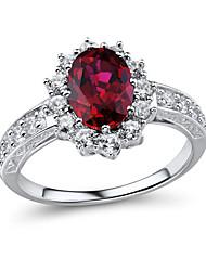 argento sterling classico delle donne insieme con creato zaffiro bianco e ha creato l'anello rubino