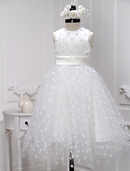 A-line Knee-length Flower Girl Dress - Tulle Jewel with Sash / Ribbon