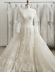 Trumpet / Mermaid Wedding Dress Two-In-One Wedding Dresses Sweep / Brush Train Bateau Lace / Tulle with Appliques