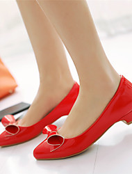 Women's Shoes Leatherette Chunky Heel Pointed Toe Boat Shoes Office & Career / Dress / Casual Black / Red / White