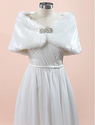 Wedding  Wraps Fur Wraps Capelets Sleeveless Faux Fur Ivory Wedding Party/Evening Rhinestone Clasp