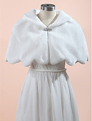 Wedding  Wraps Fur Wraps Capelets Sleeveless Faux Fur White Wedding Party/Evening Rhinestone Clasp
