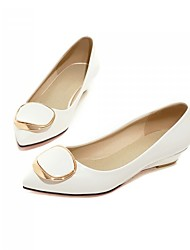 Women's Shoes Patent Leather Flat Heel Ballerina / Pointed Toe Flats Office & Career / Dress  / Pink / White / Beige